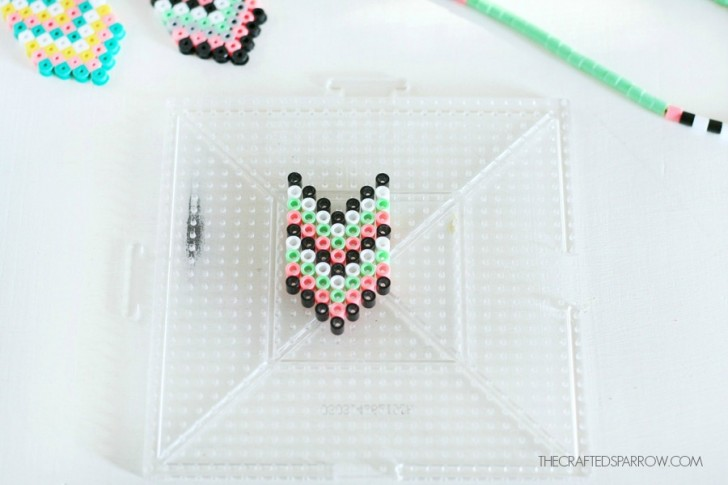 collares y pulseras a juego con hama beads para hacer a mano