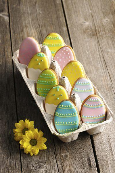 Galletas Caseras con Forma de Huevos de Pascua