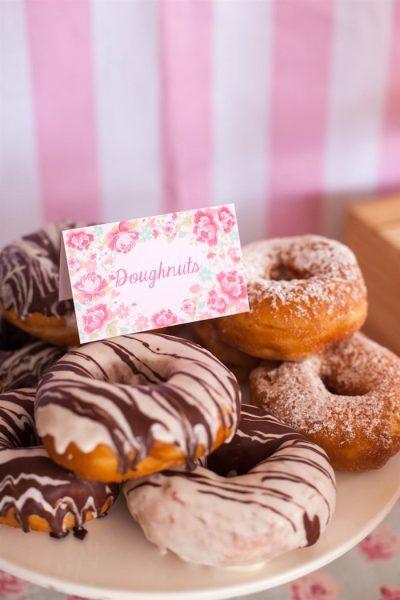 fiesta para niños de reposteria donuts