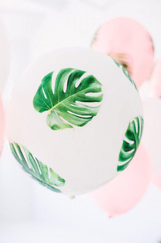 fiesta tropical con globos
