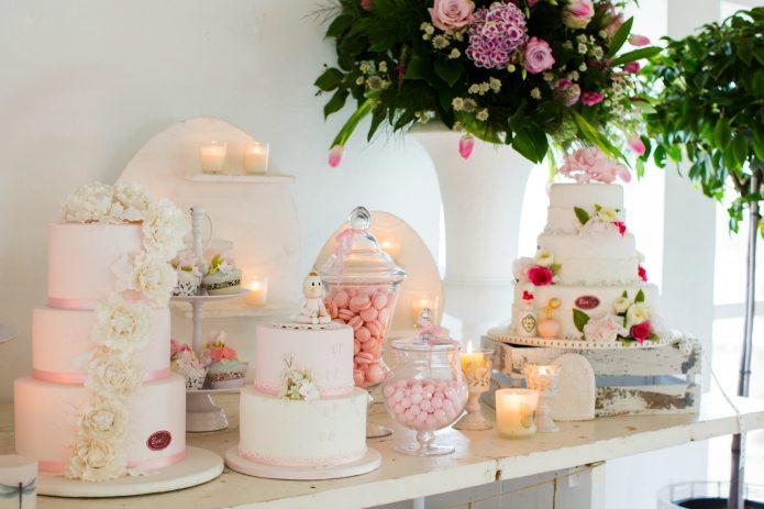 hermosa mesa dulce para primera comunion