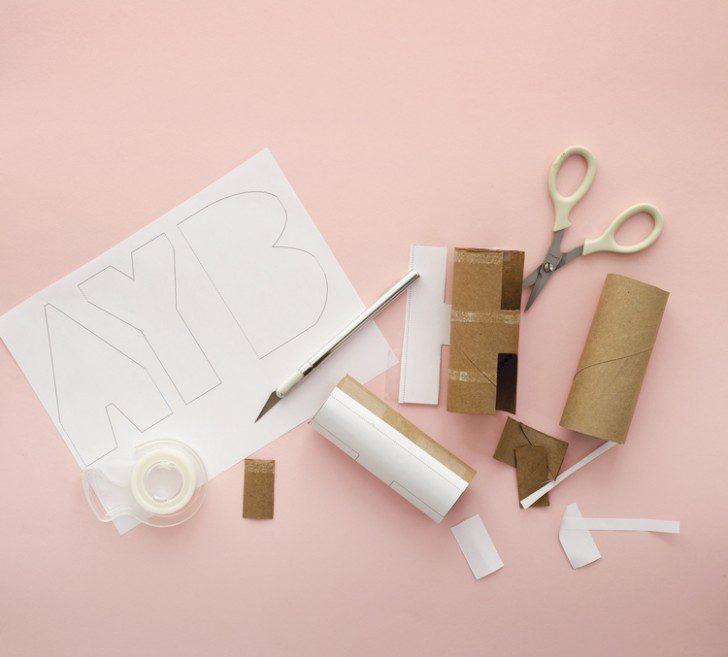 letras con rollos de papel