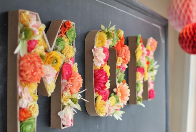 Regalos Caseros Día de la Madre: Letras de Flores