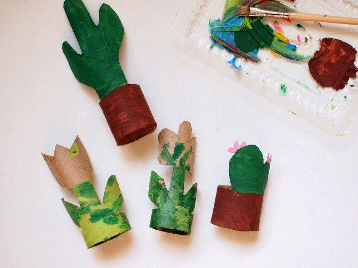 manualidades con tubo de cartón plantas con pintura