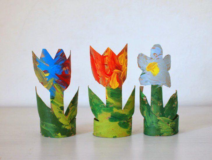 manualidades con tubo de cartón plantas reciclaje