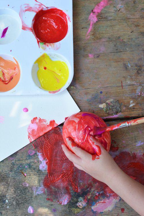 Pintura con globos: actividad creativa para peques