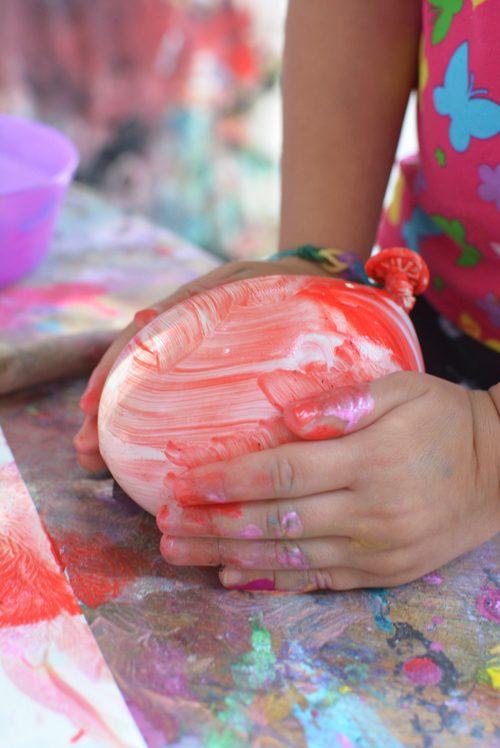 pintura creativa con globos infantiles