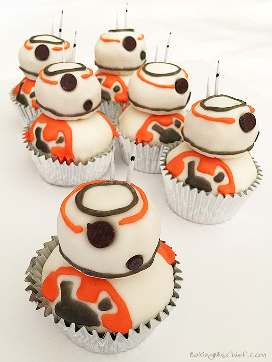 Receta Cupcakes BB-8 frosting