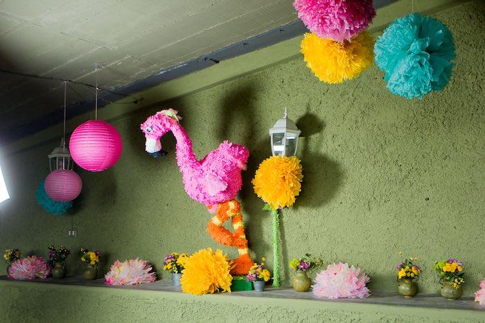 fiesta temática de flamencos piñata