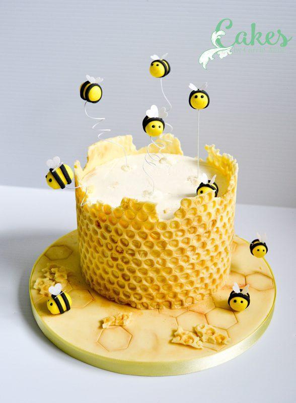 asombrosa tarta de abejas para cumpleaños infantil