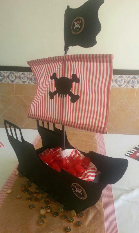 barco pirata de chuches para niños