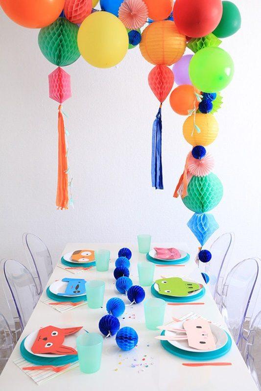 fiesta de globos y animales