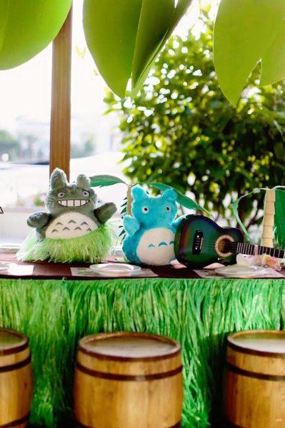 Fiesta Tropical de Totoro para niños