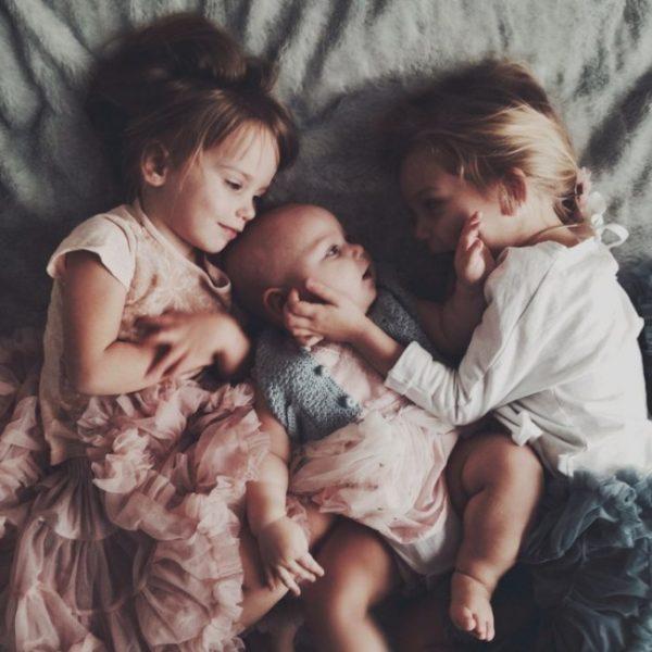 fotos de hermanos pequeños tres