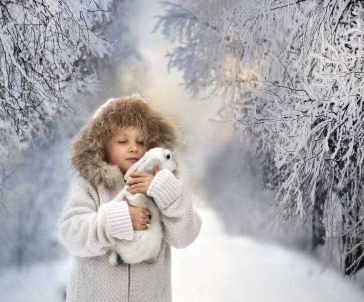 fotos de niños con conejos