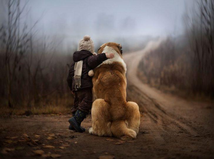 fotos de niños con perritos
