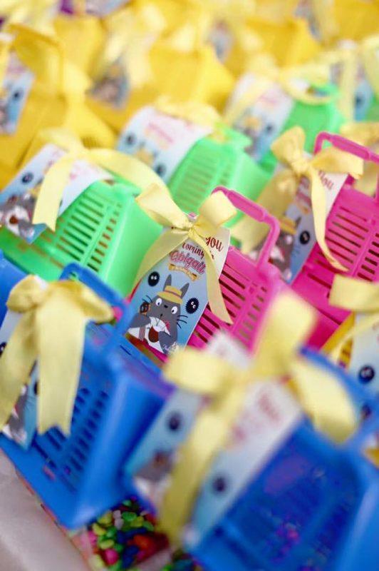 regalos invitados para fiesta de totoro tropical con niños