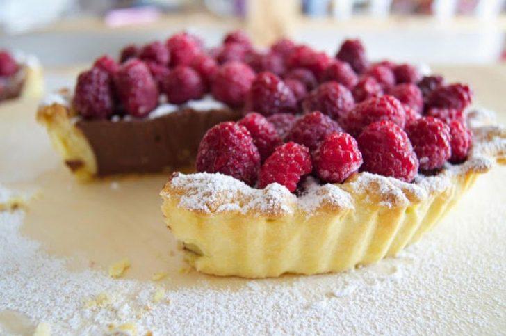 7 tartas frías que no necesitan horno - chocolate y frambuesa