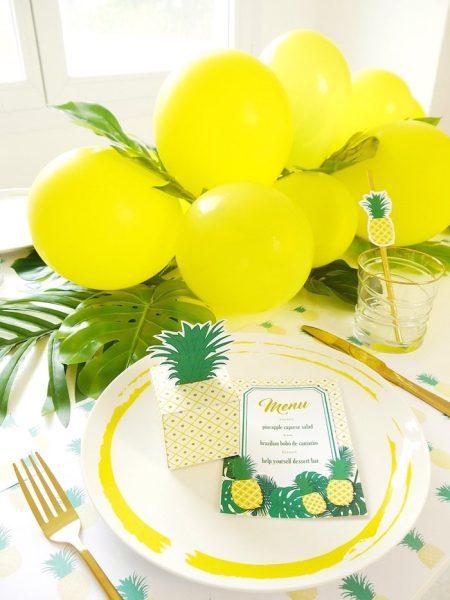 fiesta de la piña para cumpleaños tropical