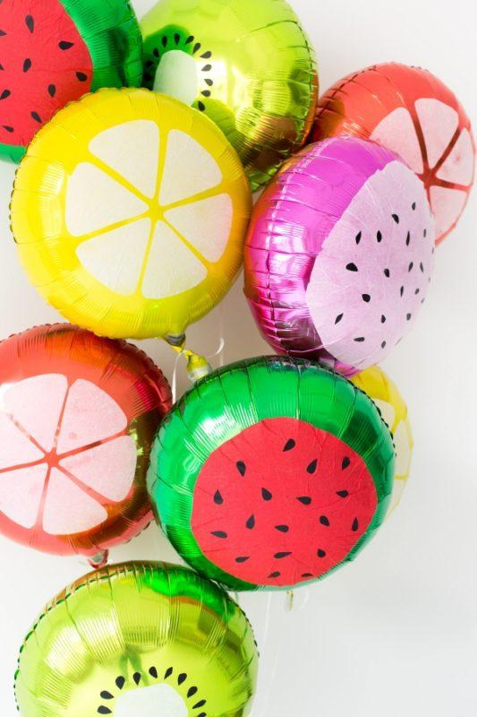 globos de frutas para celebraciones con niños