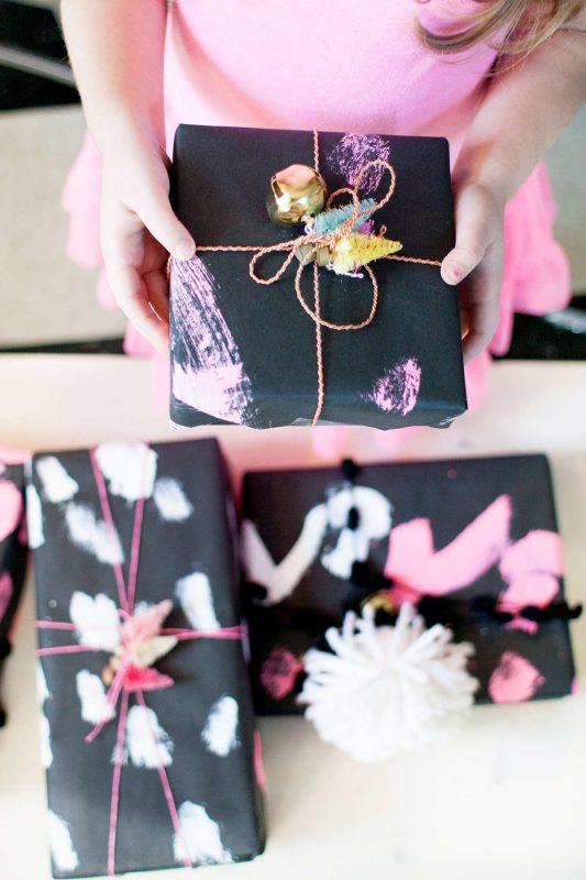 idea para envolver regalos con papel