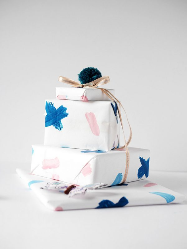 ideas para envolver regalos papel personalizado