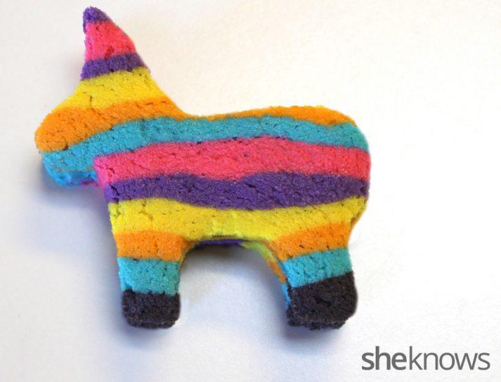 piñata pony casi acabada