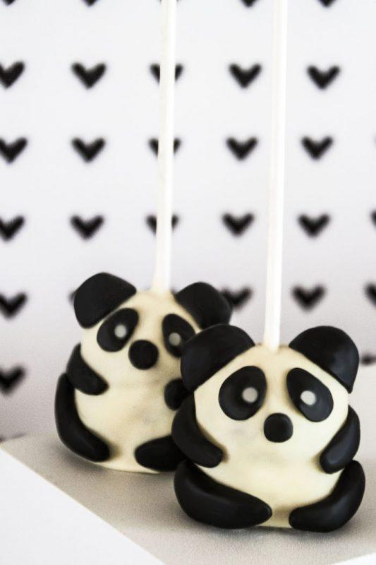 cake-pops-de-panda-para-fiesta-infantil