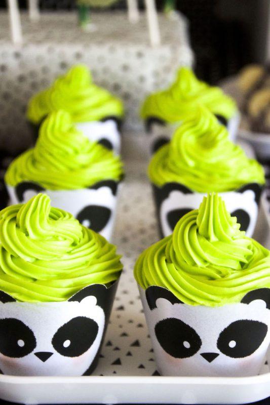 deliciosos-cupcakes-de-oso-panda-para-fiesta-infantil