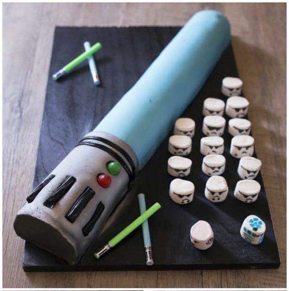 Tartas de Cumpleaños: Sable Laser de Star Wars