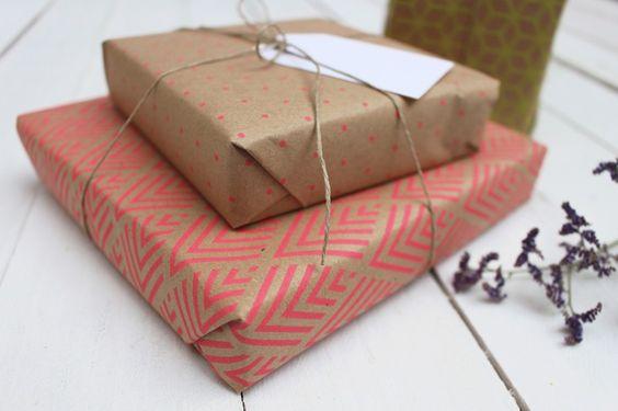1-ideas-muy-originales-para-envolver-regalos-de-adultos