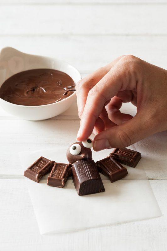 murcielagos-de-chocolate-para-halloween-recetas-ninos