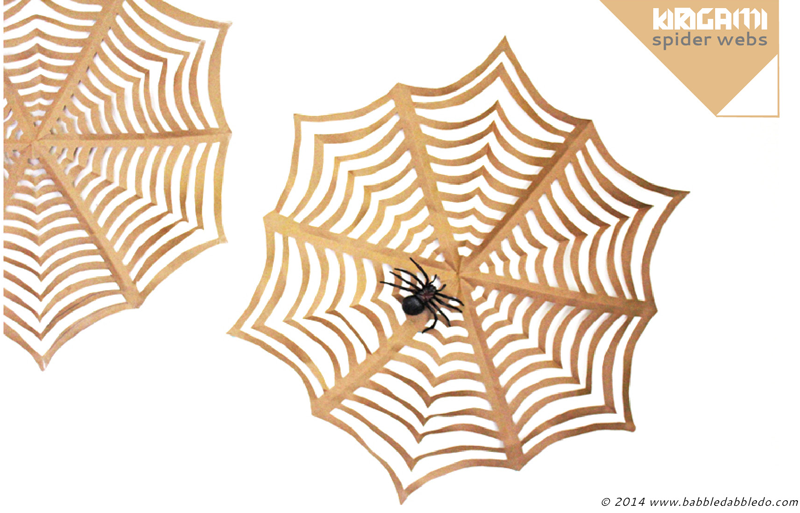 Telaraña de Papel Casera para Decorar en Halloween