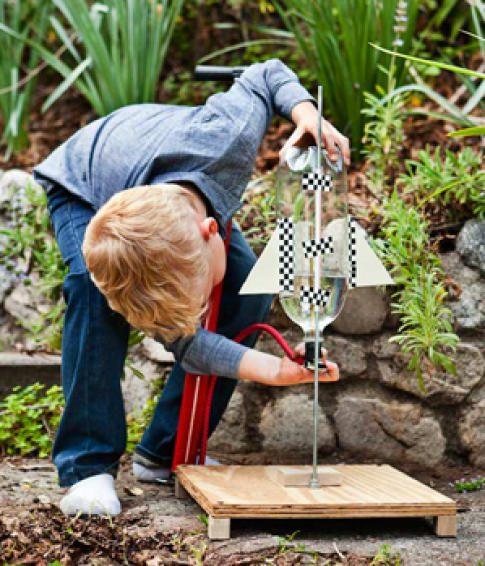 actividades-y-juegos-para-ninos-construir-un-cohete-en-casa