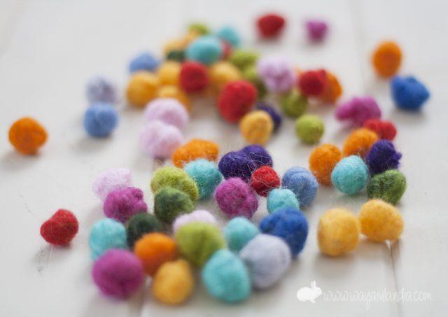 bolas-de-lana-de-colores-para-diy-manualidades-de-decoracion