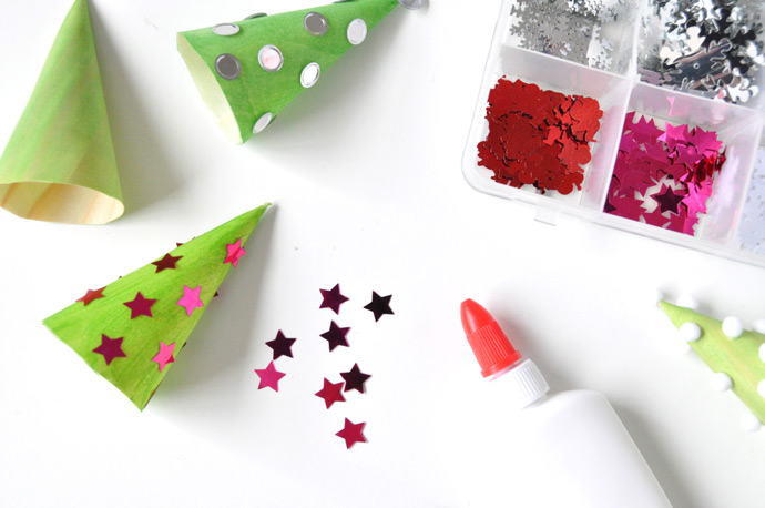 diy-de-navidad-arboles-de-decoracion