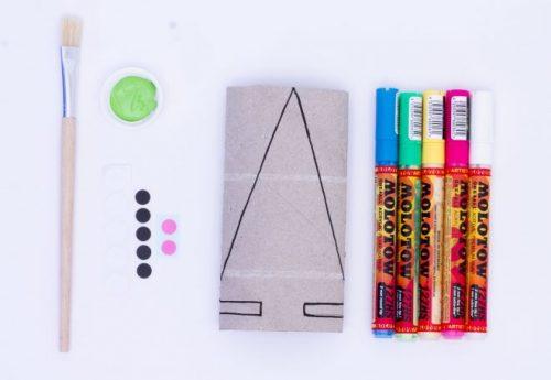 manualidades-con-tubos-de-papel-higienico-navidad-arbol