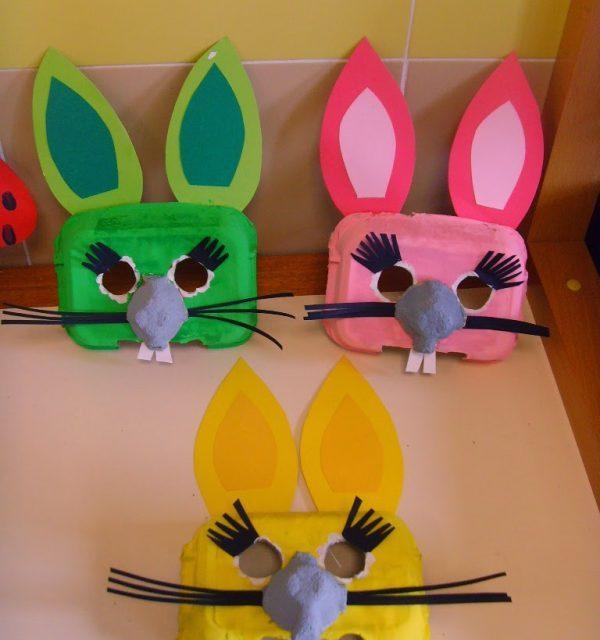 Caretas de Conejos con Materiales Reciclados