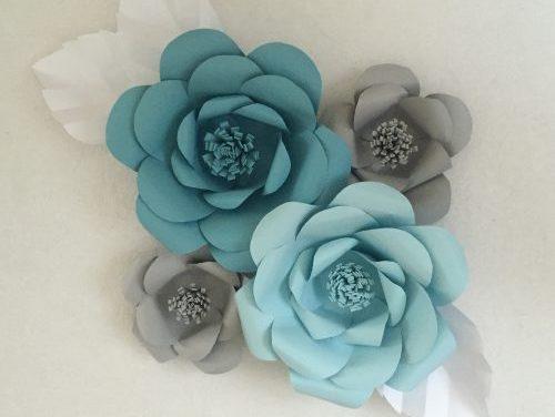 Decorar la Mesa con Flores de Papel