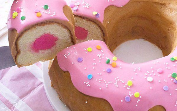 Tarta de cumpleaños original y creativa: ¡donut gigante!