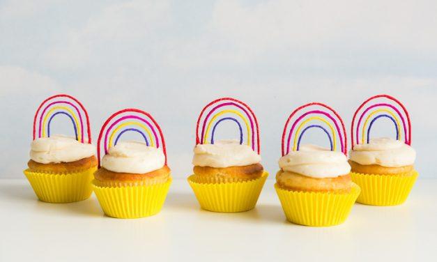 Recetas infantiles: cupcakes de arco iris para niños