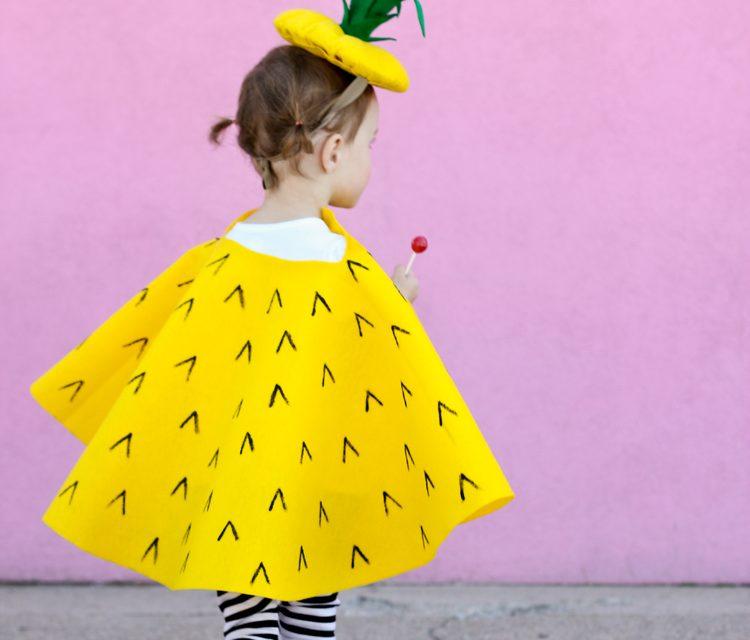 Disfraces infantiles de fruta: piña y manzana