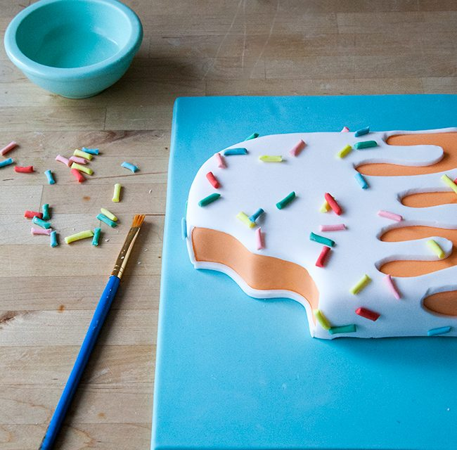 Decoración de tartas de cumpleaños: ¡un helado muy rico!