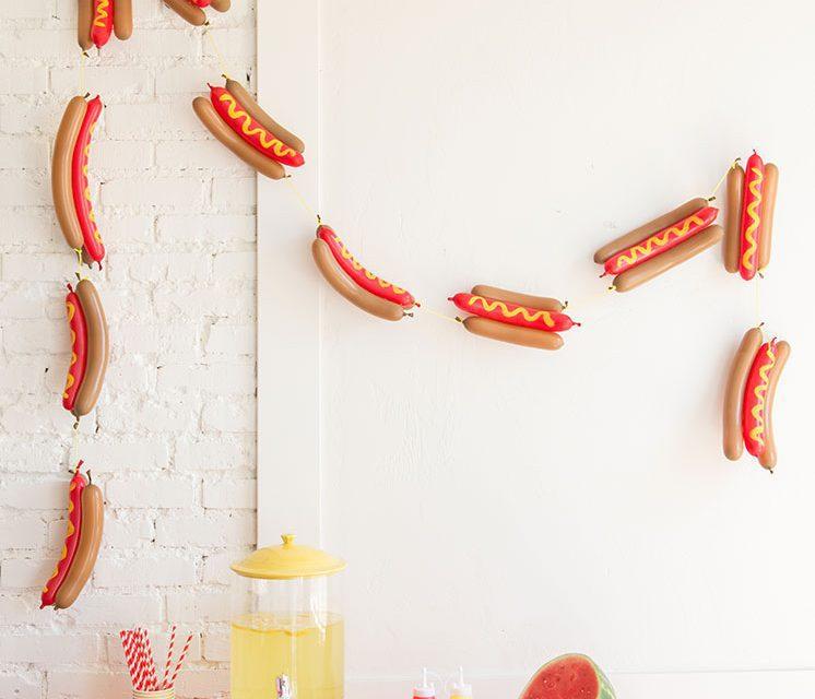 Guirnalda DIY para fiestas: ¡perritos calientes!
