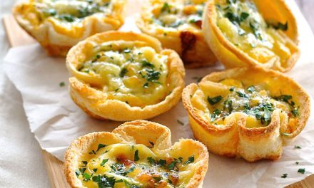 Mini quichés con pan de sándwich