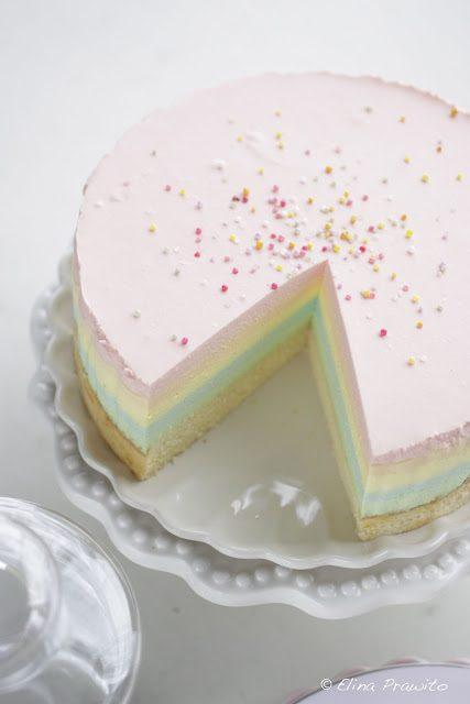 Tarta de arco iris muy esponjosa para cumpleaños infantiles