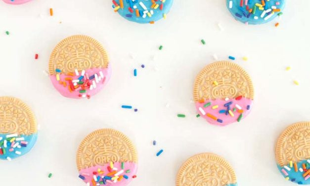 Ideas para mesa dulce en fiestas infantiles: ¡Oreos de confetti!