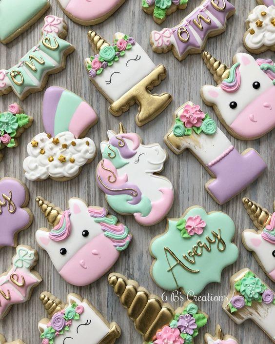 mesa de dulces de unicornio para fiestas temáticas