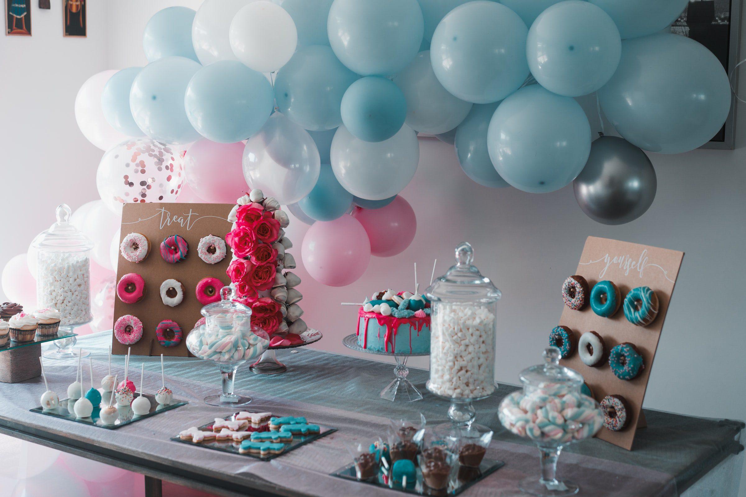 Tiendas de decoración de fiestas infantiles en internet.